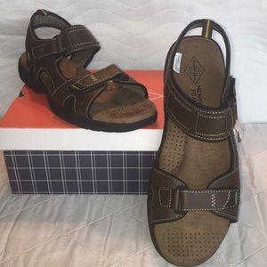 NIB Mens St Johns Bay Brown Strap Sandals Sz 13